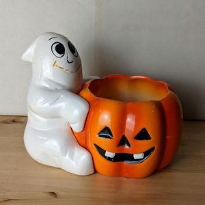 Vintage Ghost with pumpkin planter